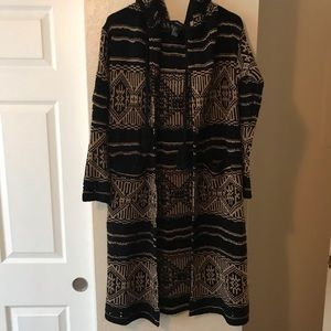 Long and thick cardigan